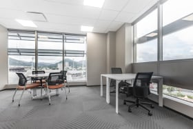 Regus Port of Spain - Private Office, 5 people