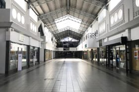 Valpark Shopping Plaza -Courtyard K1.2