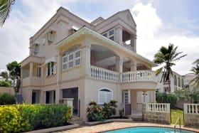 Attractive Oceanfront Home