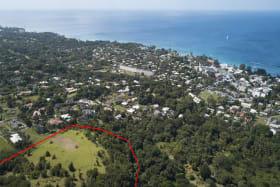 Prime location - close proximity to Limegrove Lifestyle Centre