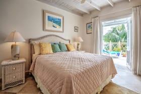 Spacious en-suite bedroom with patio