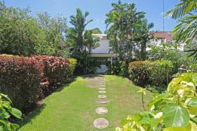 Spacious gardens