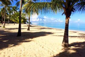 Beautiful beach at Glitter Bay