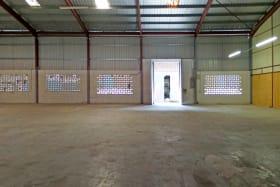 Open plan warehouse space