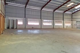 Can be rented as 16,000 or 8,000 sq. ft