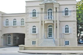 Stevmar House 102W