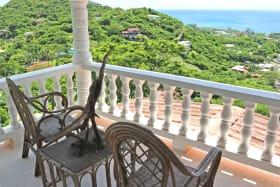 Paradise Hilltop