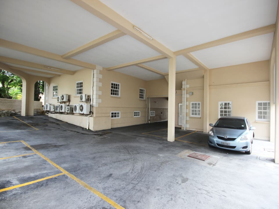 Parking to rear of building