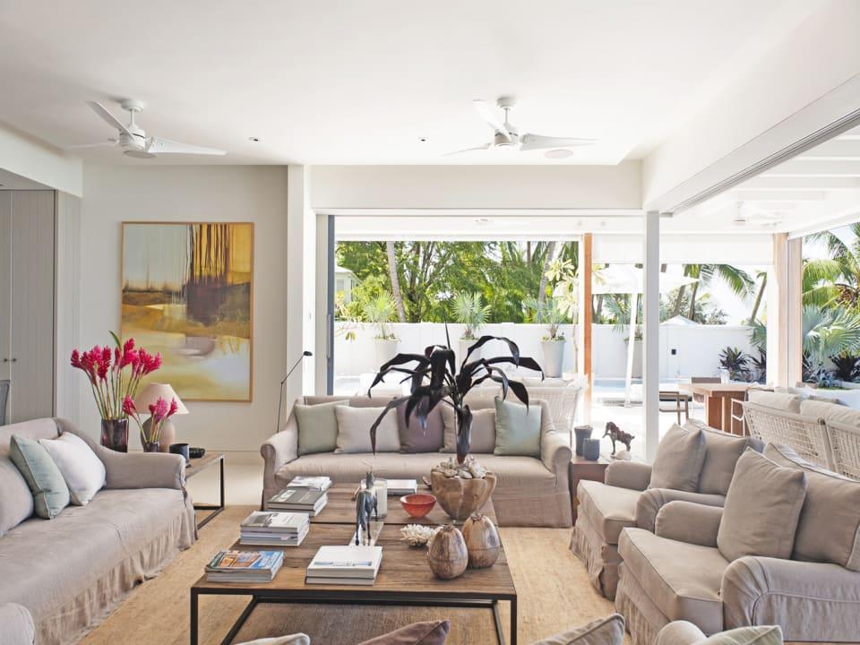The Dream - Spacious Living Room