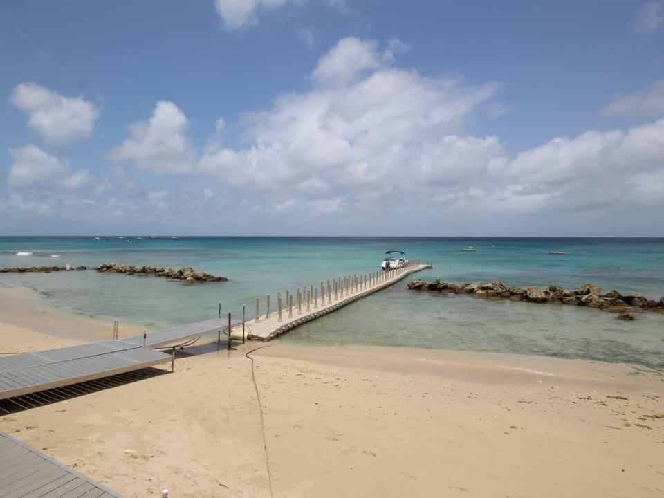 Little Good Harbour hotel beach