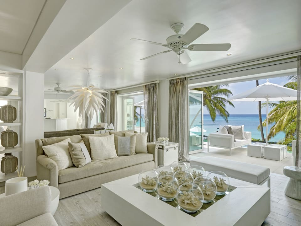 Sitting room opens to main pool terrace
