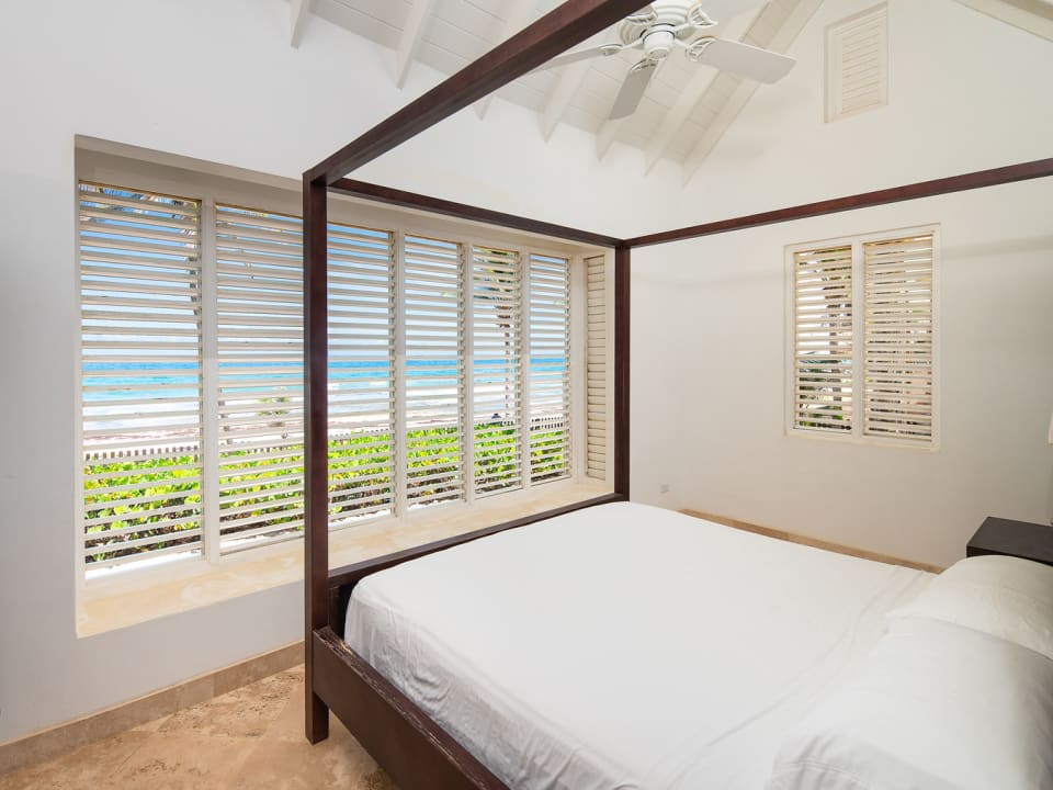 Bedroom with Views of the Sea