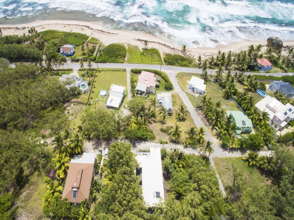 Aerial View of Perfect 10 showing proximity to the Beach