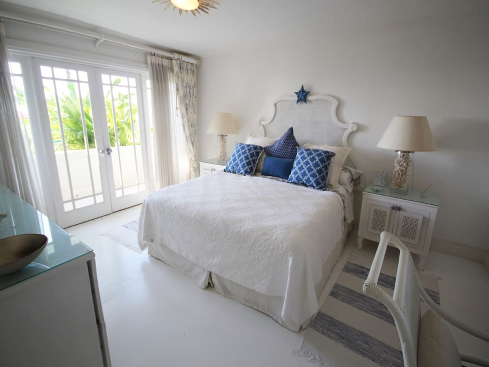 Seaside bedroom suite
