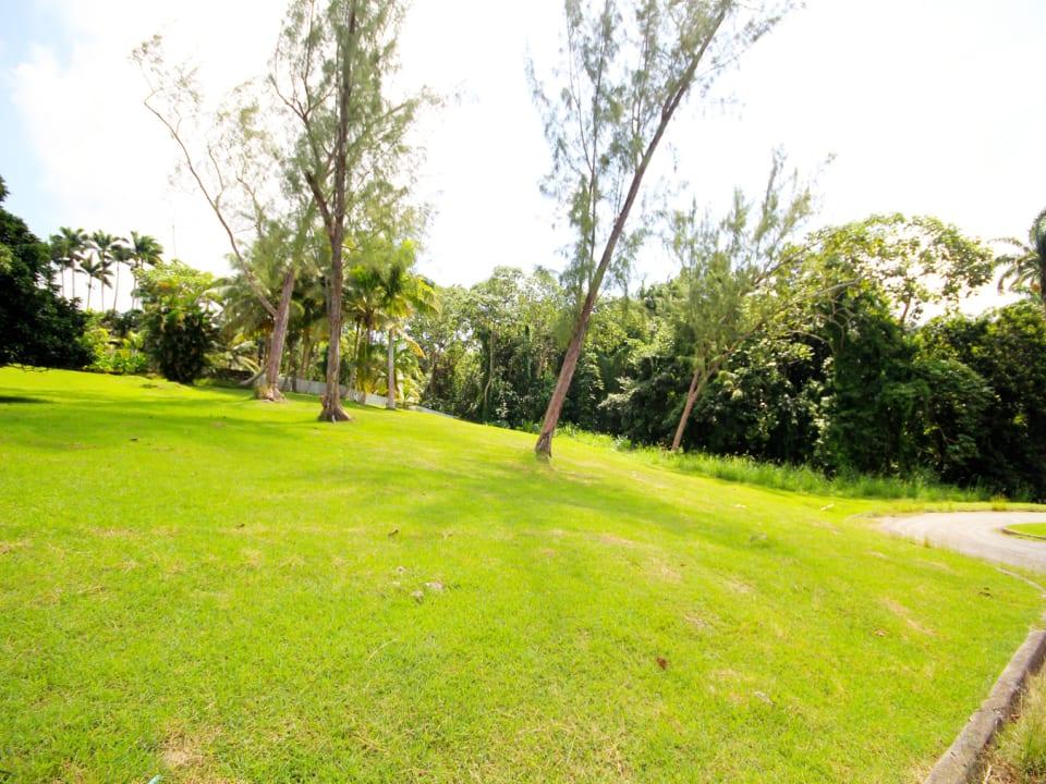 Take advantage of private gully views