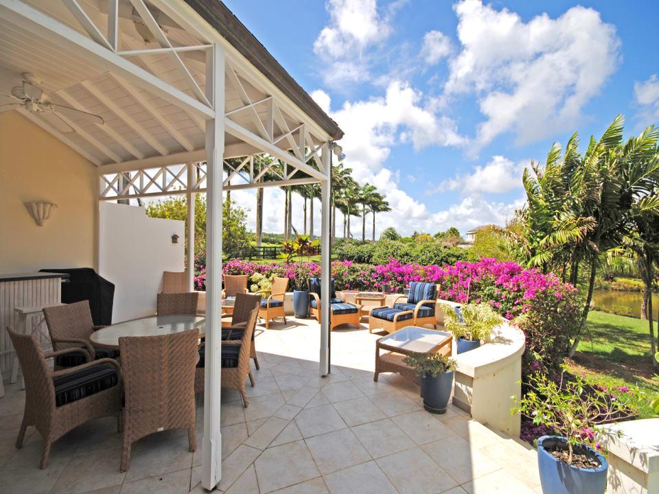 Cool veranda with a built in bar