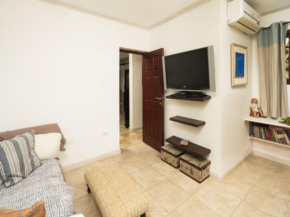 Family room/TV room