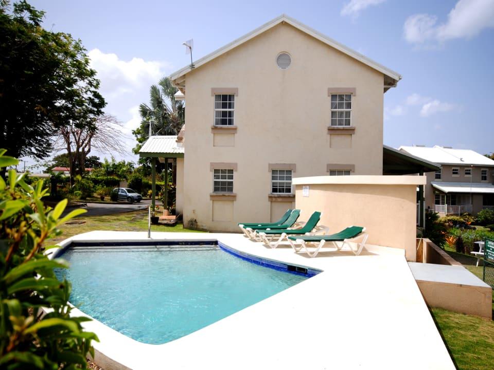Swimming pool and sun terrace