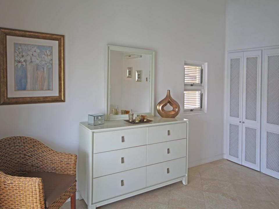 Ensuite bedroom 1