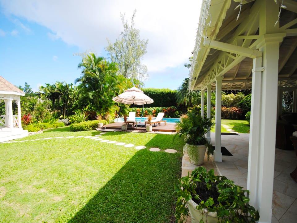 Veranda and swimming pool