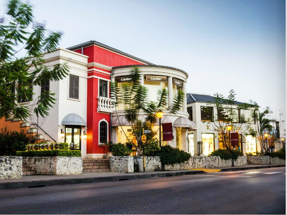 Nearby shopping at Limegrove Lifestyle Centre
