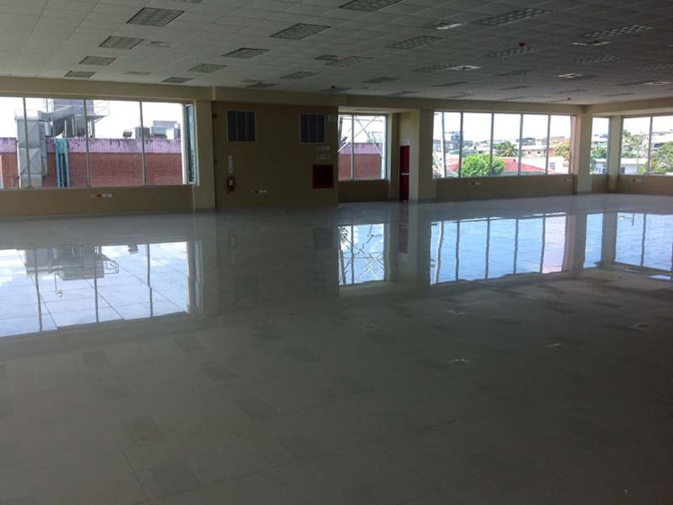 finished office space 10,000 sq ft