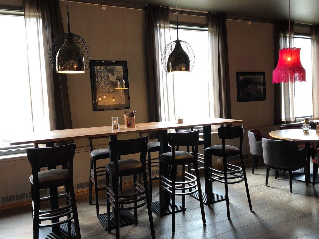 Coal Miners Bar & Grill i Longyearbyen Restaurangens meny