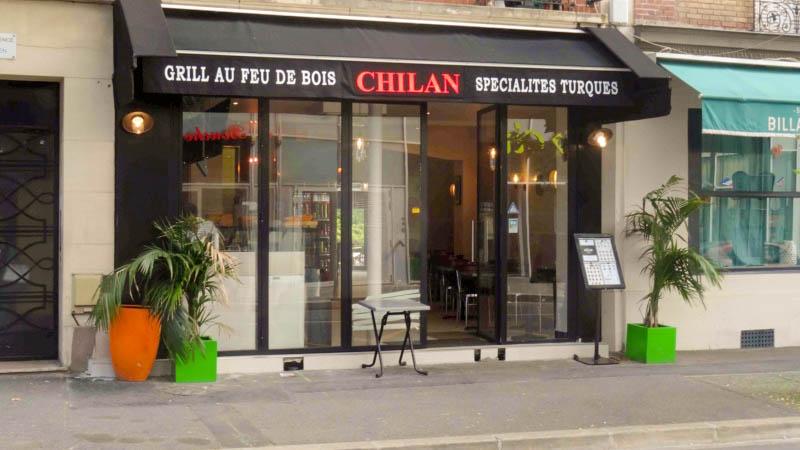 Istanbul Grill Restaurant i Chessy Restaurangens meny