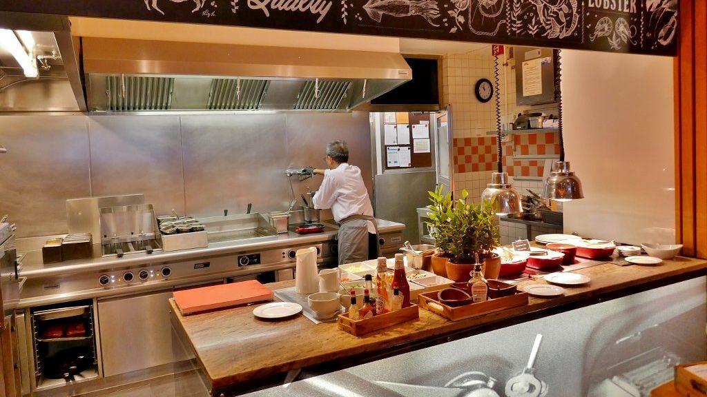 Top quality House https://mykitchenadvisor.com/vitamix-5300-vs-7500/ Kitchen counter Appliances