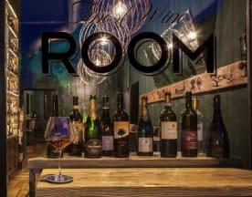 Food and Wine ROOM, Magenta