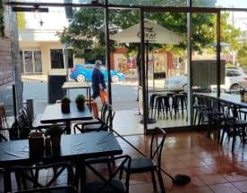 Venice Gourmet Pizza Pasta & Ribs, Caloundra (QLD)