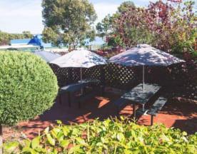 Aberfoyle Hub Tavern, Aberfoyle Park (SA)