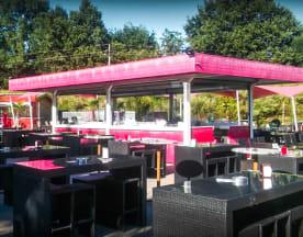 Le Plaza Lounge, Massieux