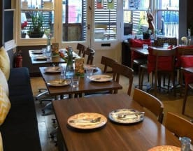 Imm Thai Cafe, London