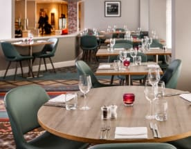 Brasserie at Mercure London Watford, Watford