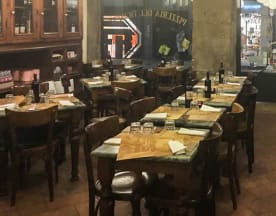 Pizzeria del Ticinese, Milan
