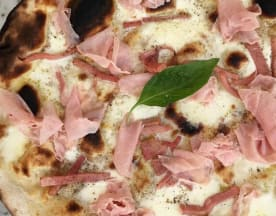 AVE Pizza Romana, Paris