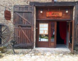 Auberge Médiévale Vallicella, Saint-Gence