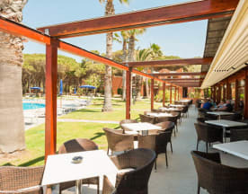Gourmet Sunset Grill at Hotel Corte Rosada, Maristella