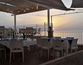 Blue Sky Risto&Lounge Bar, Terrasini