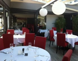 Sun 7 Café, Juan-les-Pins
