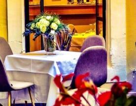 L'Oriel, Arles