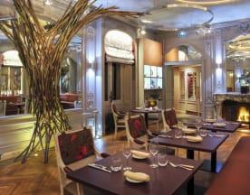 La Table de l'Yeuse, Châteaubernard