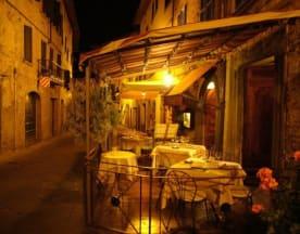 Il Goccino, Lucignano