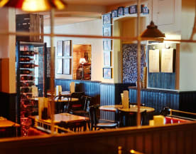 Café Rouge - Victoria, London