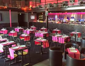 Le Wahou Restaurant / La Mezzanine Club, Saint-Pierre-du-Perray
