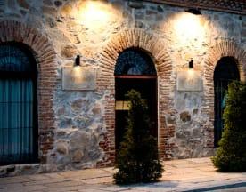 El Almacén, Ávila