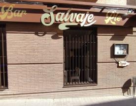 Salvaje Bar Retro Rural, Pinto