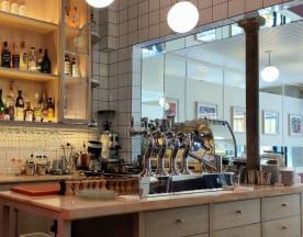 Le Paon Cafe, Paris