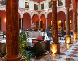 El Patio Del Hotel, Lucena